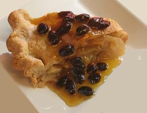 Apple Pie with Rum Raisin Sauce
