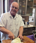 Larry chops onions_sml