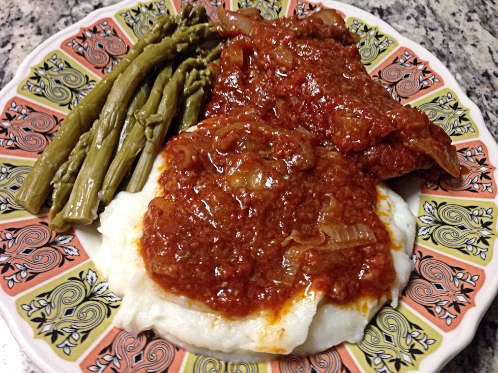 Swiss Steak with Mashed Potatoes